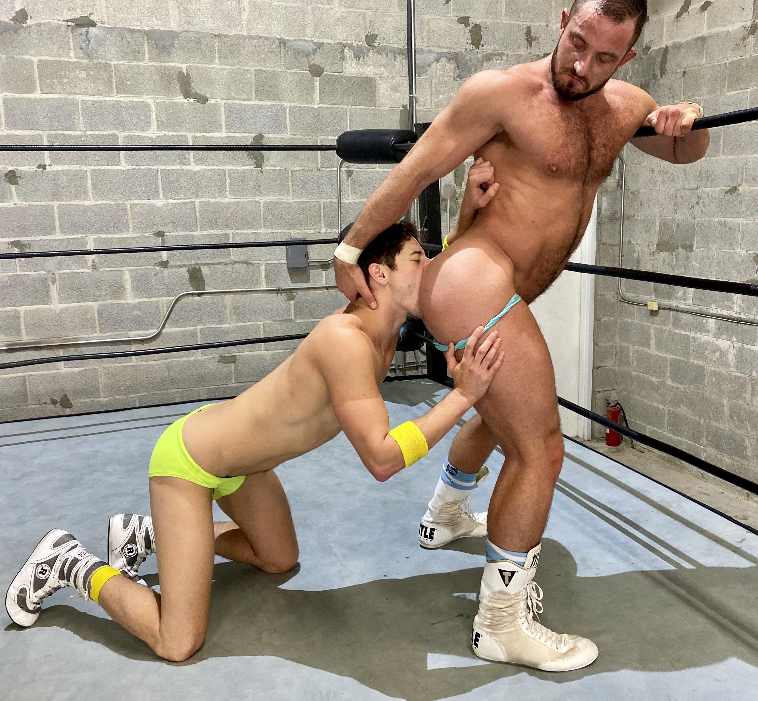 Gay wrestling free